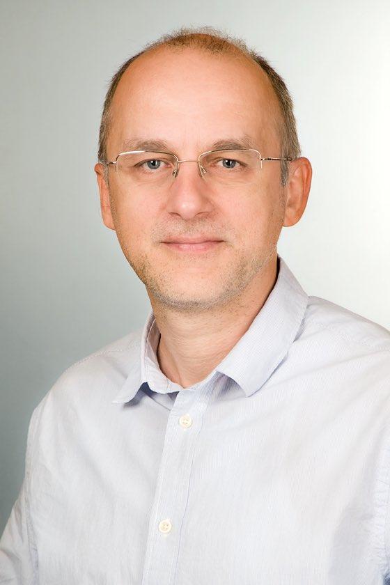 Dömötörfy Zsolt internet portfolio manager