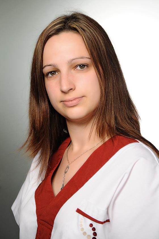 Tóth Viktória asszisztens
