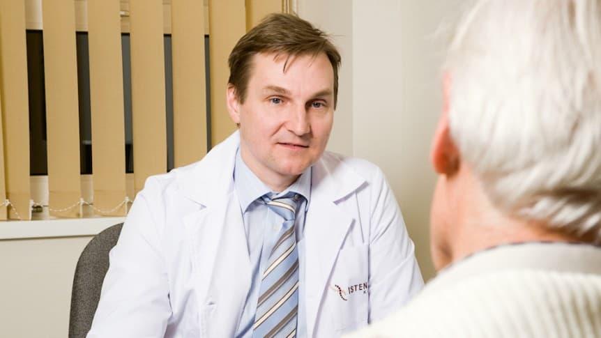 Dr. Ágoston Péter