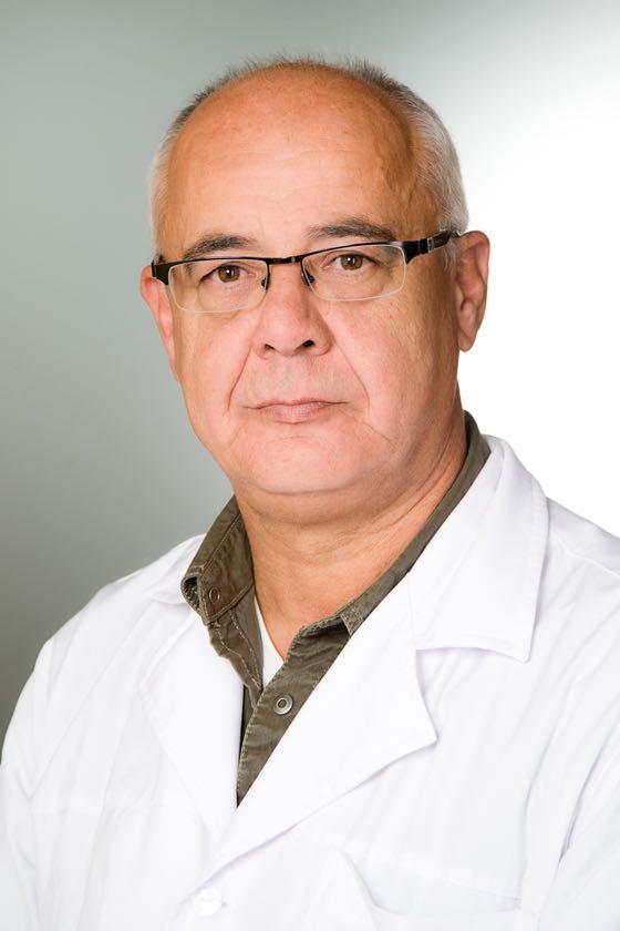 Dr. Hentes Tibor sebész, proktológus