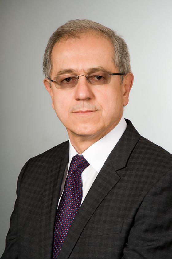 Dr. Molnár G. Béla szülész-nőgyógyász, hiszteroszkópia